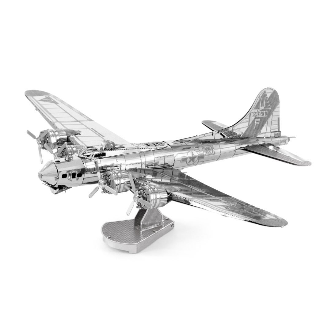 METAL EARTH B-17 FLYING FORTRESS