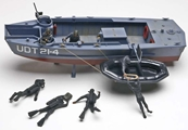 Revell 1/35 UDT Boat with Frogmen - 850313