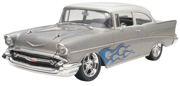 Revell 1/25 57 Chevy Bel Air Two-Door Sedan 2 n 1