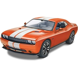 854358 1/25 2013 Challenger SRT8 Orange