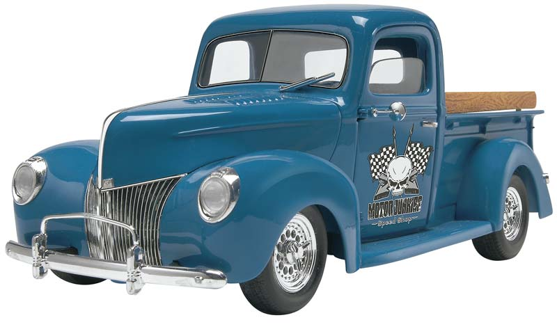 Revell 1/24 40 Ford Custom Pick Up Truck